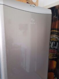 Indesit silver fridge freezer,good condition
