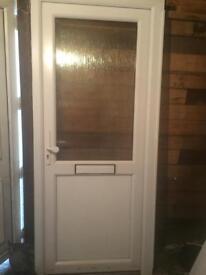 Upvc front door white width 900 height 2070 key