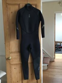 Wetsuit for diving