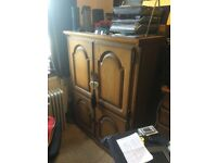 Beautiful Solid Oak Computer Work Station Desk/Cabinet - With closing doors
