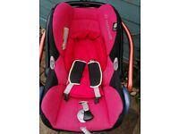 Maxi cosi infant car seat wit isofix base
