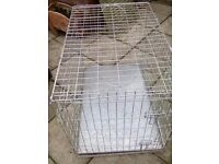 2 doges cages (1 extra large and 1 large)