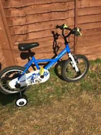 Btwin Kids Bike 16 inch. With stabilisers. Great condition £30