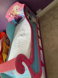 Frozen sleigh bed