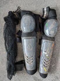Sixsixone Knee/Shin Guards (Medium Regular)