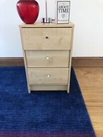 Two bedside cabinets Free