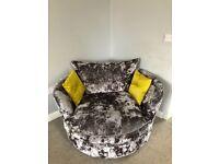 Sofology swivel chair in crushed velvet