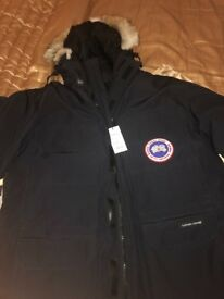 BRAND NEW WITH LABELS AND NEVER WORN CANADA GOOSE EXPEDITION COAT XL