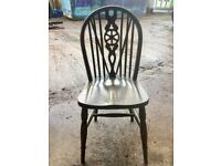 Single solid wood vintage wheelback dining/kitchen chair