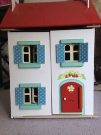 Le Toy Van dolls house complete with furniture