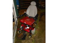 PRIDE JAZZY SELECT 6 ELECTRIC WHEELCHAIR NO BATTERIES