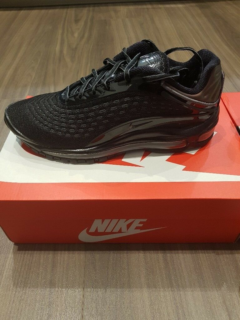 4d0f26c00a0 Nike Air Max deluxe Triple Black Uk size 8