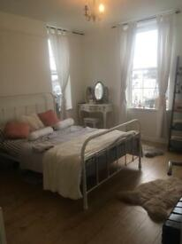 2 bedroom flat in Kentish Town