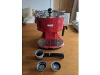 Delonghi Icona Espresso Coffee Machine - Milano Red