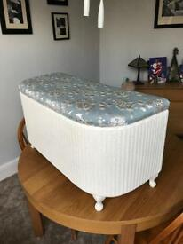 Ottoman / blanket box