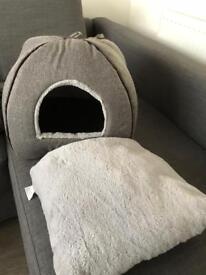 Wainwright cat bed