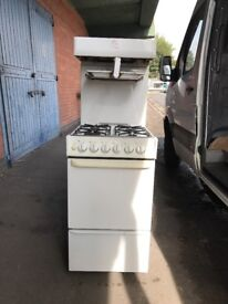 Parkinson Cowan White Eye Level Grill Gas Cooker In White