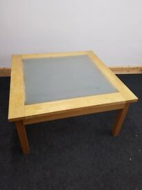 COFFEE TABLE GLASS AND WOOD USED GOOD CONDITION LARGE SIZE