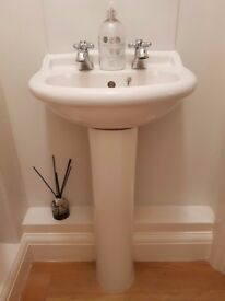 In GREAT condition, small hand basin, cream colour, with taps