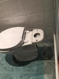 New toilet with soft closing lid