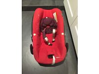 Maxi cosi pebble car seat in red with FREEBIES