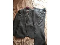 Men's suit, tall, slim 32R chest 30L waist