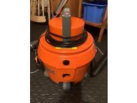Vax V-020U carpet cleaner