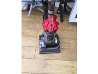 Like new Dyson dc33 all floors upright free delivery