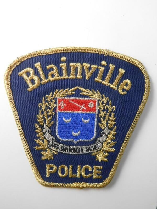 BLAINVILLE QUEBEC POLICE  OFFICER VINTAGE UNIFORM PATCH CREST BADGE CANADA