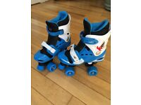 Adjustable roller boots (size 1-4)