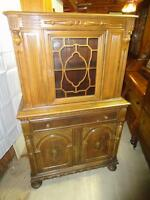 *** PRICE REDUCED***ANTIQUE CHINA CABINET