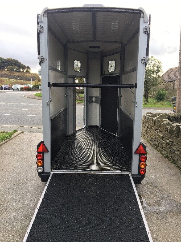 Ifor Williams 403 horse trailer