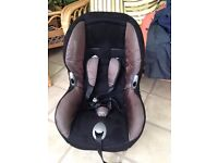 Car seat aged 1-5yrs very good condition hardly used.