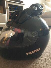 Tuzo XS motorcycle helmet black and Frank Thomas gloves (small)