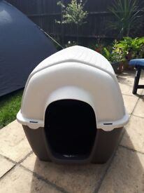 Excellent condition large dog kennel