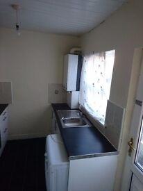 Bensham 2 bed lower flat