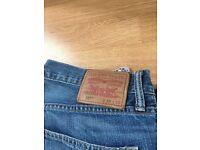 527 Levi jeans for men
