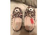 boys Avenue slipper