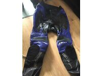 Fieldsheer black and blue leathers