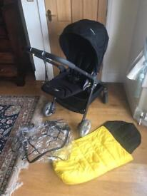 Armadillo flip pram with cosy toes and rain cover