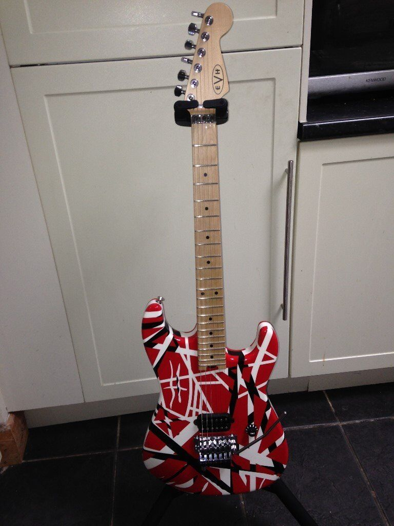 2013 EVH STRAT STRIPPED SERIES AS NEW CONDITION