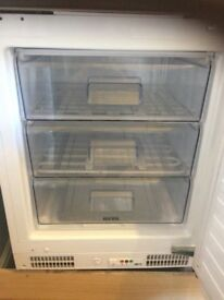 Integrated Ignis under counter freezer- excellent condition