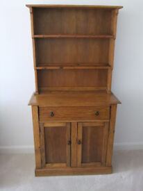 Small Welsh Dresser measuring 178 cm (70 inches) tall, 41cm (16 inches) deep, 91 cm (36 inches) wide