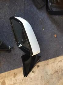 Bmw 7 series f01 model wing mirrors in white both sides available