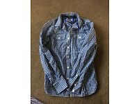 4 casual Superdry shirts size Small
