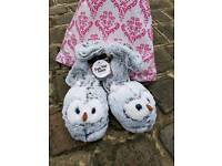 New Aroma Home Owl slippers size 7