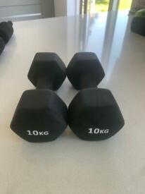 2 x 10kg dumbbells