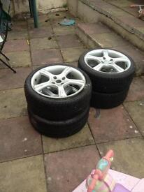 Alloy wheels 17 inch with good tyres