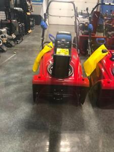 Toro Snowblower 721 QZE Single Stage