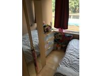 Double Room Tooting Bec ALL BILLS INC £450 PCM Available Now
